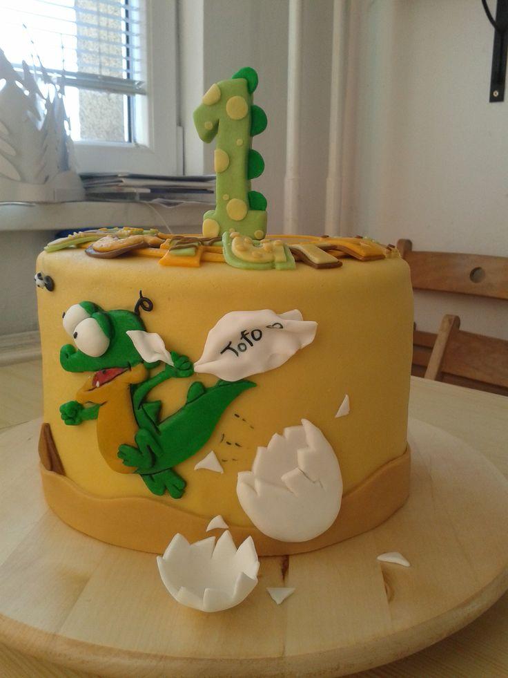 Schnappi cake - tak to mě bavilo :). Škoda, že zelená krokodýlka úplně neladí :D.