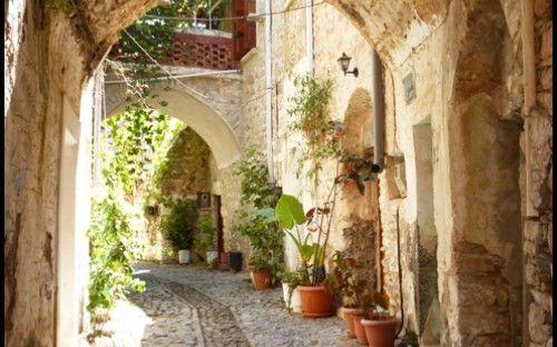Chios: Medieval ages in Mesta Village: http://alternatrips.gr/en/aegean-islands/chios/mesta-medieval-chios-island