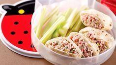 Mini-pitas à la salade de jambon - Recettes de cuisine, trucs et conseils - Canal Vie