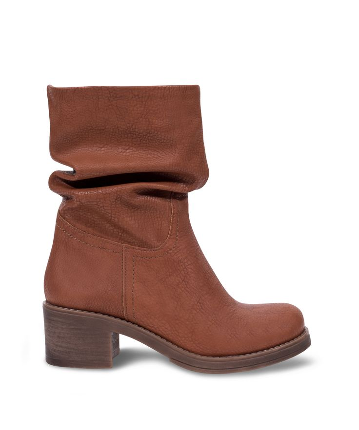 Carad Bootie low heeled atumn all time classic! Camel