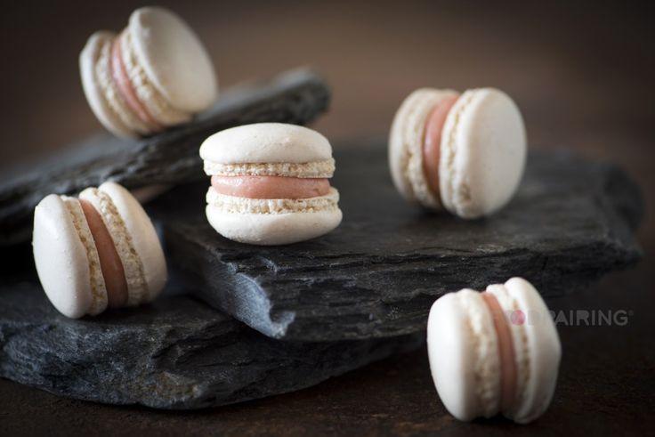 Black Tea pairing: Black tea macarons with guava & tarragoniring / blog