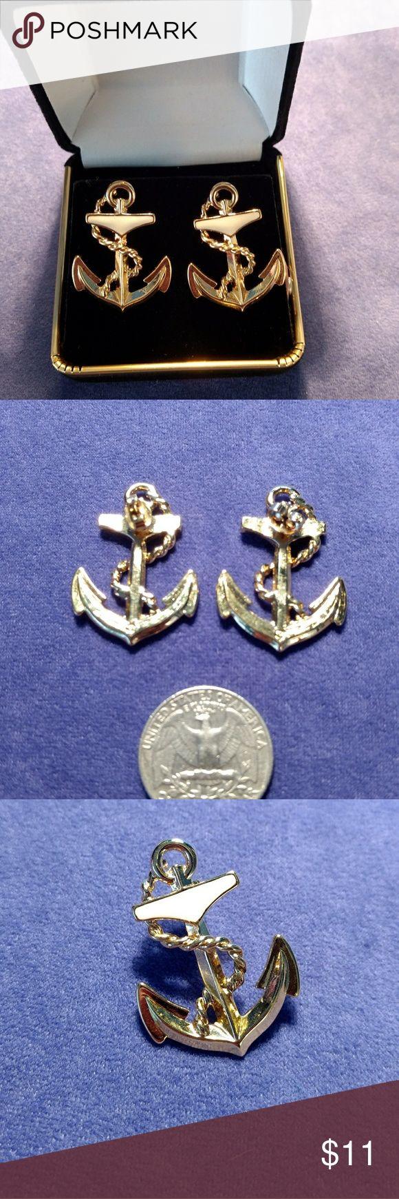Sweet Nautical Themed, Anchor Earrings Sweet Nautical Themed, Anchor Earrings. Excellent Vintage Condition. Avon Jewelry Earrings
