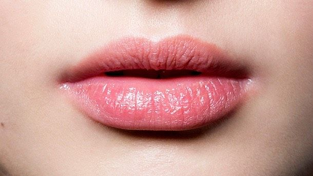 Chapped Lips Causes How To Prevent Remedies Chapped Lips