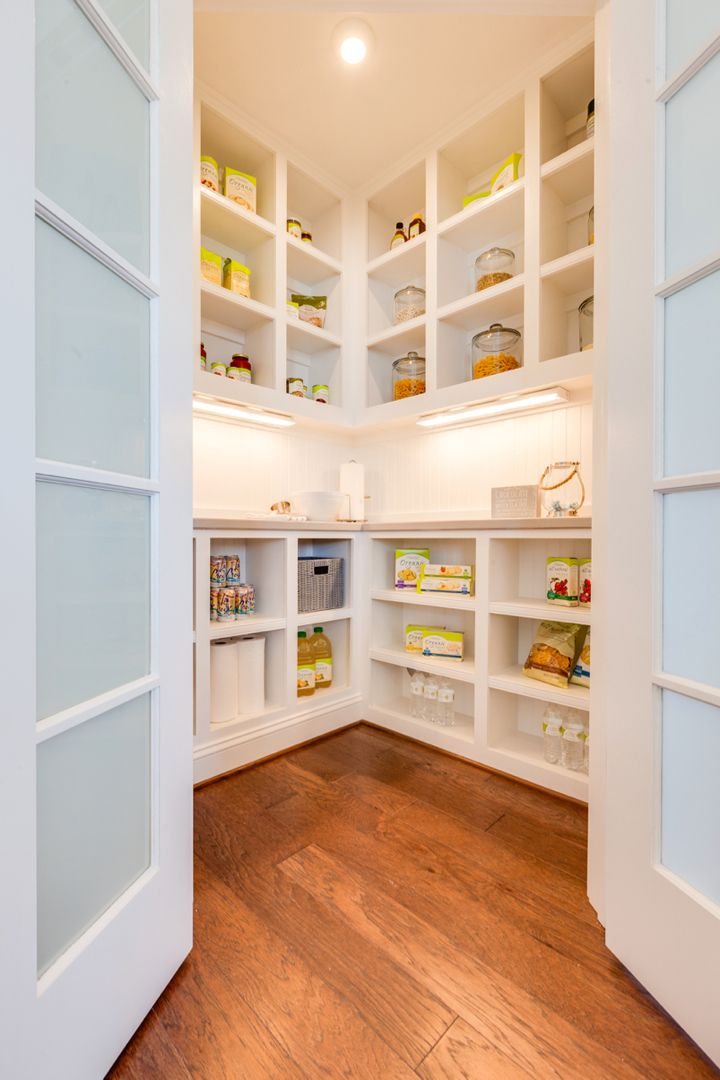 Walk-In Pantry! (from Stephen Alexander Homes via House of Turquoise)
