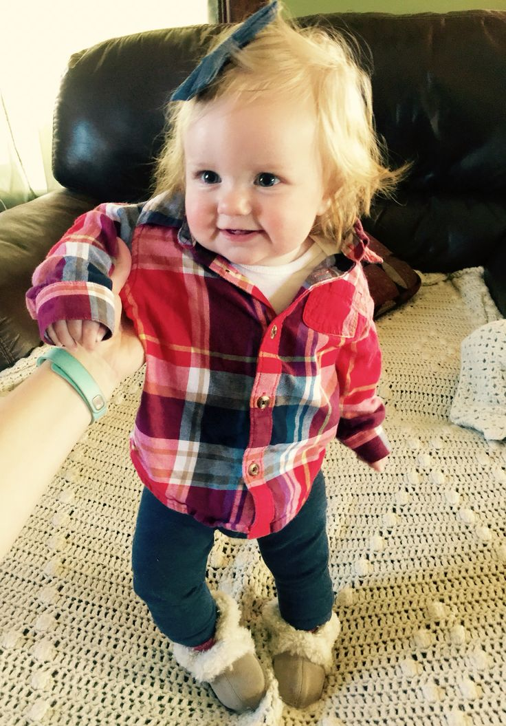 Hipster fall outfit for girls! Flannel top, navy leggings and furry uggs! SUPER cute look going into November! LOVE! ❤️ baby girl is just adorable!