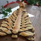 Rezeptbild: Weihnachtsbaum aus Blätterteig und Nutella®