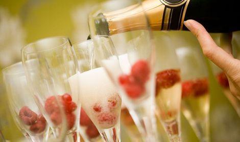 Artikel 'Cocktails op je mooiste dag' #telegraaf.nl #article #webredacteur #online