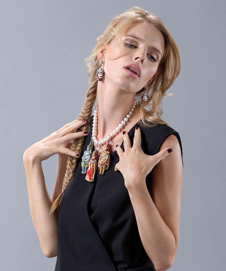 """BERI Collezione """"Pupi"""" perle con pendenti in cotto forgiato e dipinto a mano. """"Pupi"""" Collection, pearls with terracotta pendants shaped and painted by hand. www.gioielliberi.it"""
