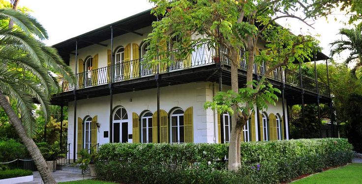 Hemingway museum in Key West with cats that are the descendants of his cat. How delightfully bizarre