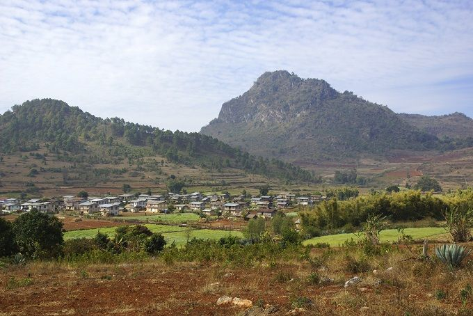 Hike the Tea Hills - Lashio to Hsipaw - Further on to Kalaw (great base to explore Inle Lake)