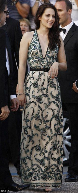 Cannes Film Festival 2012: Kristen Stewart and Robert Pattinson at On The Road premiere | Daily Mail Online
