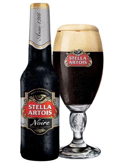 Cerveja Stella Noire, estilo Dark American Lager, produzida por Stella Artois, Bélgica. 5.2% ABV de álcool.