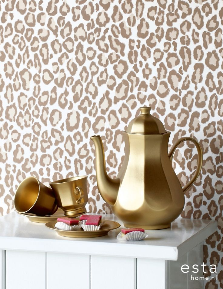I NEED THIS WALLPAPER!!!!!!!!!!!! Diva www.estahome.nl/...