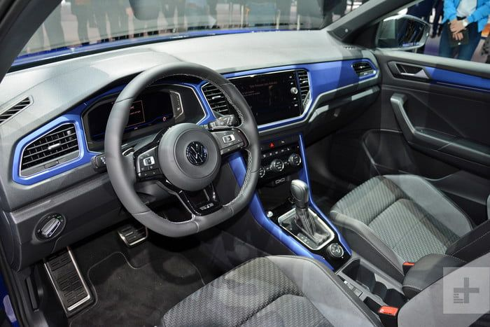 2019 Volkswagen T Roc R Is A Hot Rod For The Entire Family Get Into Blog Volkswagen Hot Infotainment System
