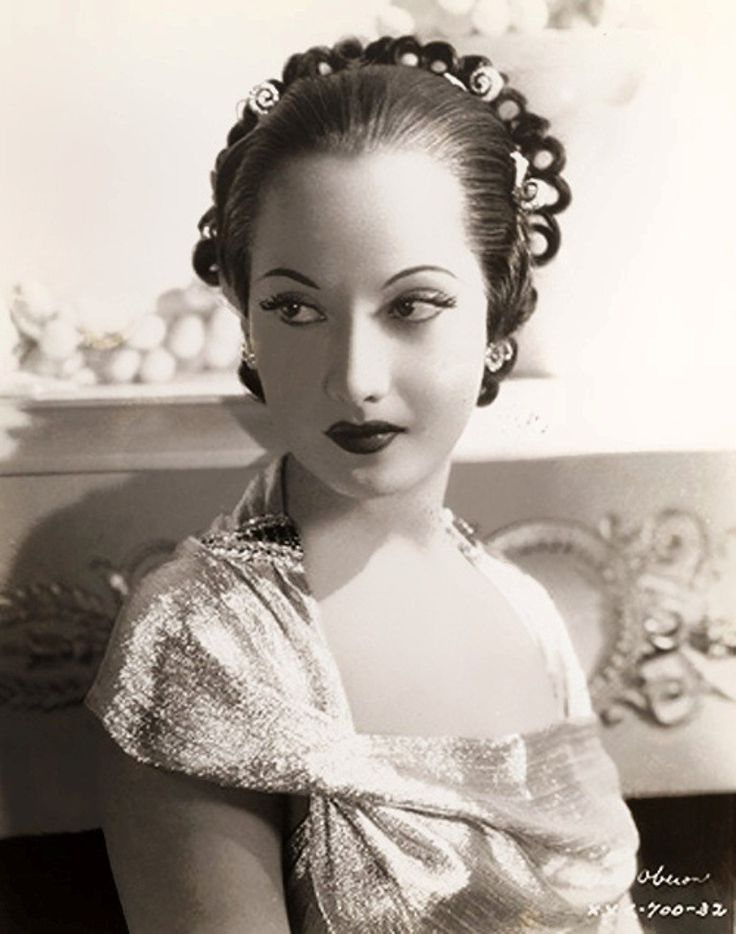 Merle Oberon | Merle oberon, Old hollywood movies, Classic ...
