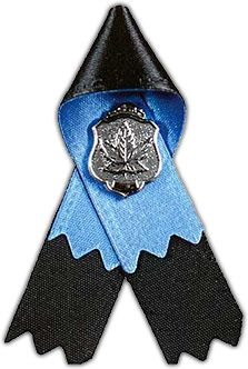 Peace Officer Mourning Ribbon: Please pin in remembrance of the fallen Moncton RCMP members in the ongoing Moncton, NB horror unfolding tonight/today. #PrayForMoncton