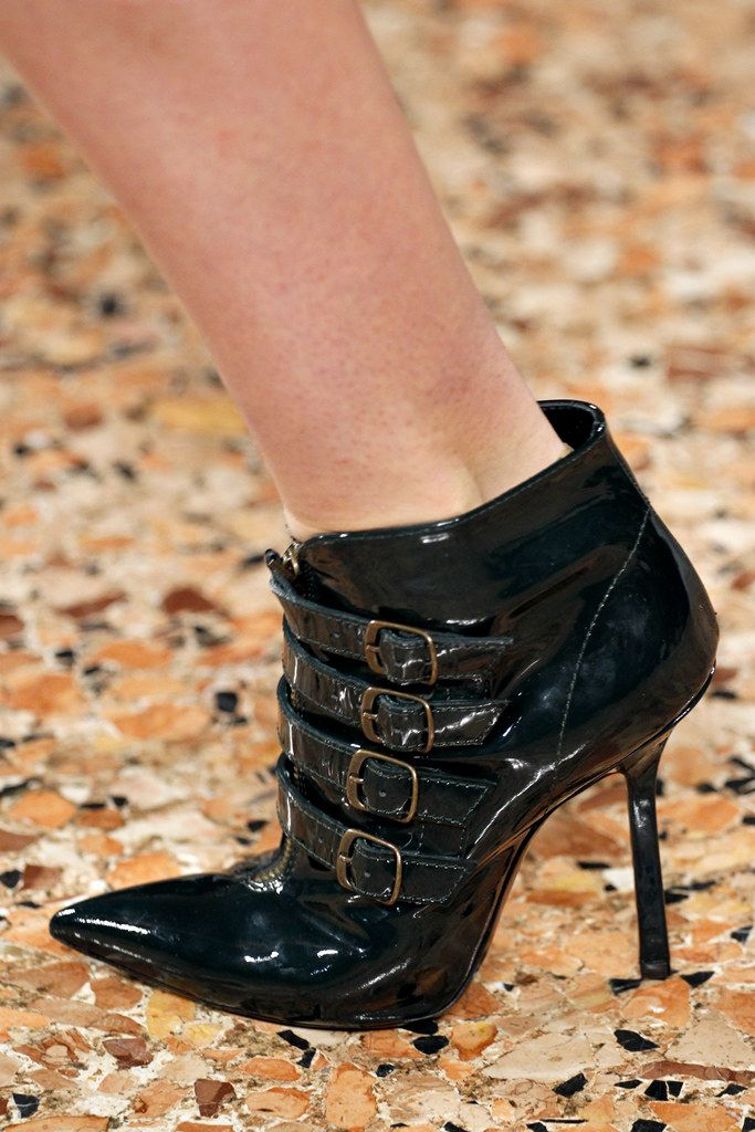 Emilio Pucci Fall 2011 Ready to Wear Collection Photos   Vogue