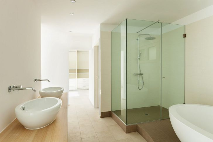 20 Badezimmer Glas Dusche Design Fur Fortgeschrittene Komfortable Bade Ideen In 2020 Badezimmer Renovieren Duschwand Glas Kleine Badezimmer Design