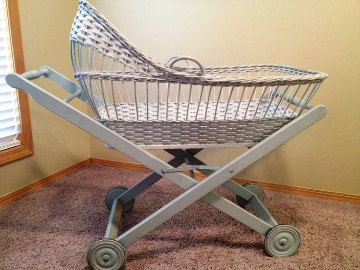 how to move baby from bassinet to crib
