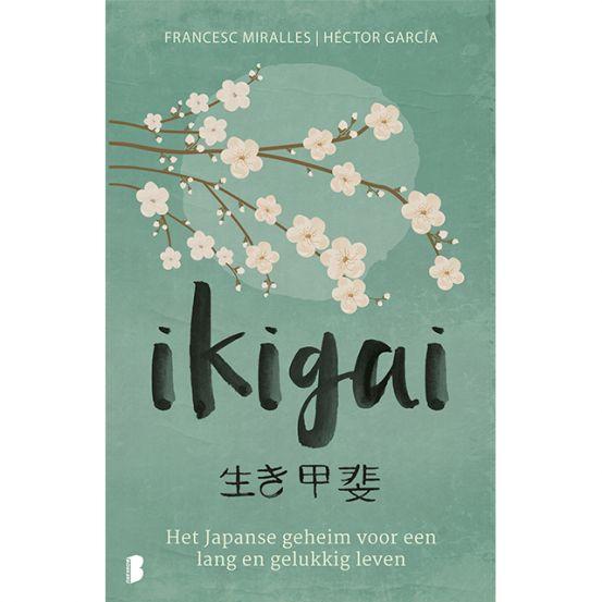 <p>Volgens de Japanse traditie heeft iedereen een ikigai, een reden van bestaan. Het is een van de geheimen van een lang, tevreden en gezond leven, zoals de inwoners van Okinawa het leiden. Op dit Japanse eiland wonen meer gezonde en actieve honderdjarigen dan waar ook ter wereld. Sommige mensen hebben hun ikigai al gevonden, maar velen zijn er nog steeds naar op zoek. De auteurs vertrokken naar Okinawa en interviewden honderden inwoners om te ontdekken wat volgens hen het geheim is voor een…