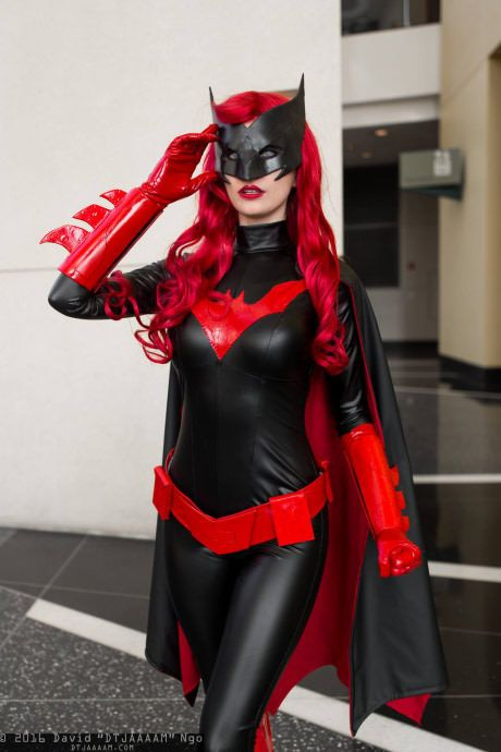 Byndo Gehk as Batwoman                                                       …