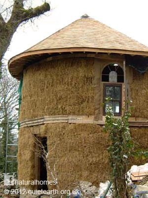 Round shingled roof... simple looking...