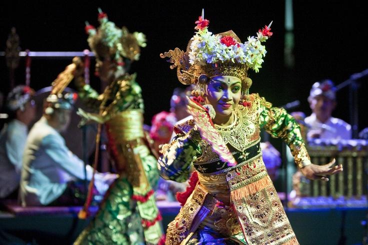 TOPENG PAJEGAN | Indonezyjski Mistrz I Made Djimat. Spektakl 10 wcieleń.    Fot. Sławek Przerwa