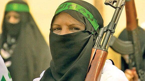 Femeile sunt violate de 10 barbati ca sa ajunga teroriste
