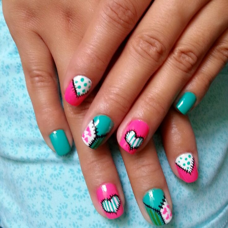 Mix of colors and details #nails #nailart #figures