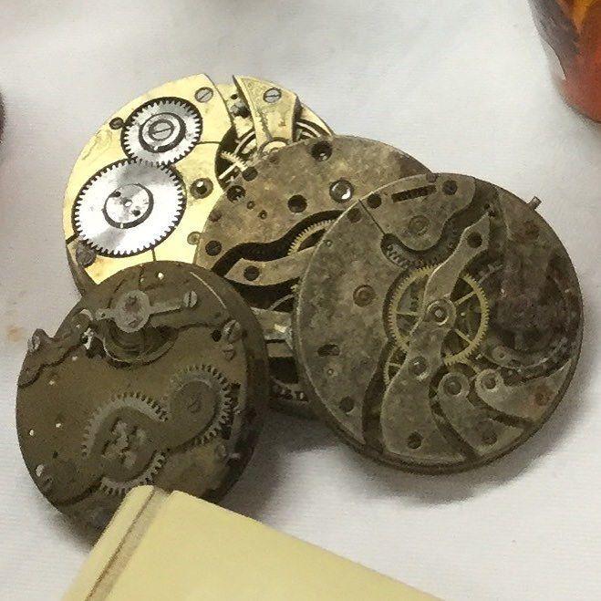 懐中時計のムーブメント 一つ一つの部品が すでに芸術的 #decoration #montre #antique #時計 #懐中時計 #古い時計 #時計のムーブメント #古い部品 #gallery壹 #galleryichi