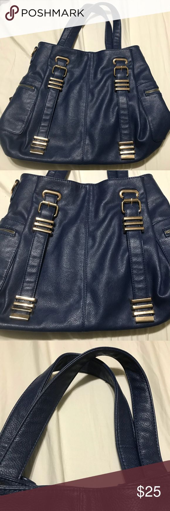 Navy Shoulder Bag This is like new but has normal wear on the inside. This is dark blue with black and white inside. Charming Charlie Bags Shoulder Bags
