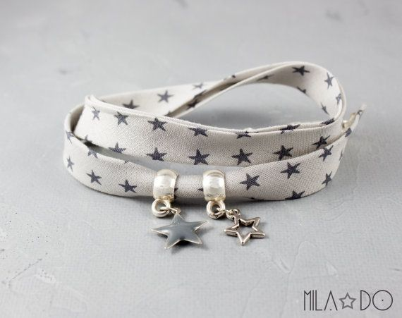 Bracelet fille en tissu gris clair à étoiles gris foncé