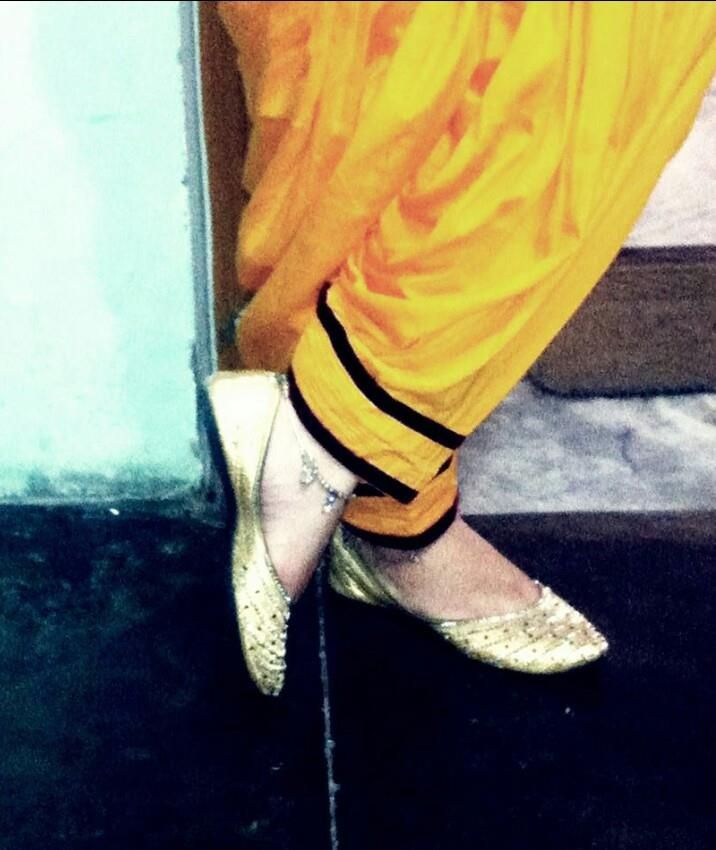 Wedding Hairstyle Dikhaye: 16 Best Punjabi JUTTI Images On Pinterest