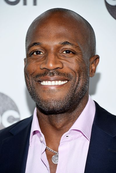 actor billy brown | actor billy brown arrives at the # tgit premiere event hosted by news ...