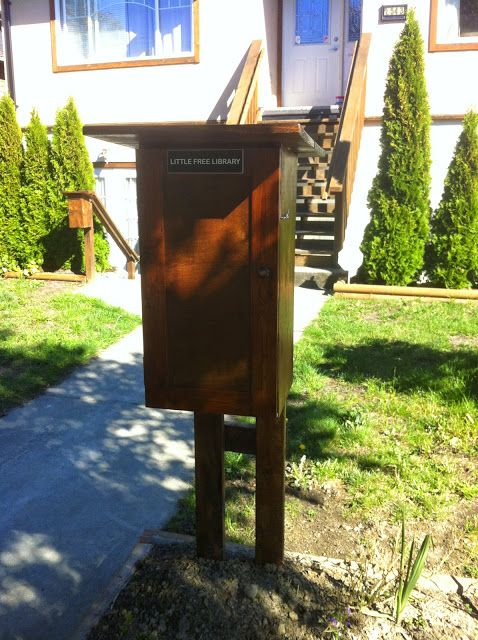 William M Dean: My Little Free Library