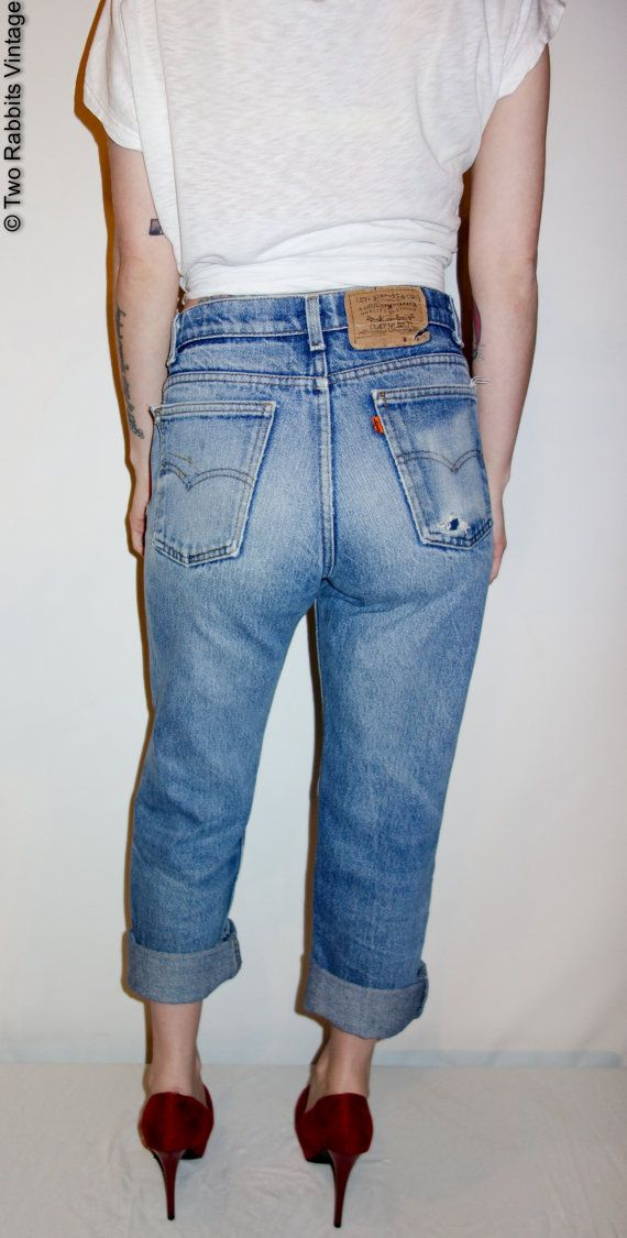 Vintage Levi's 509 straight leg super soft, zip fly, frayed pockets, ripped knee perfect jeans // grunge hipster perfect boyfriend jeans