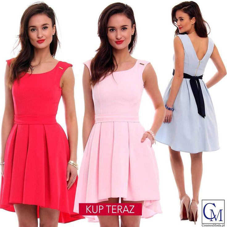 W tej sukience idzie się zakochać od pierwszego wejrzenia 😍💓 Link do produktu: bit.ly/SukienkaCM454 Stylistka Sara <3 #CosmicznieDobryStyl