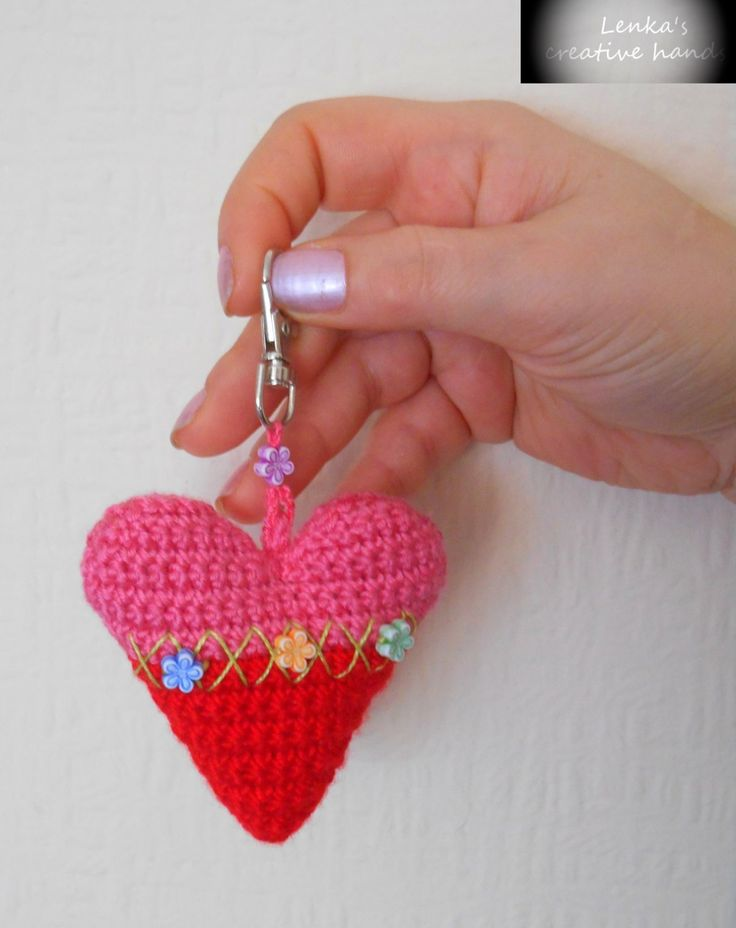 Red hart keychain,  Decorative red heart, Gift loved one, Crochet hearts Pendants on the bag, Valentine's gift, Gift for her by Lenkascreativehands on Etsy