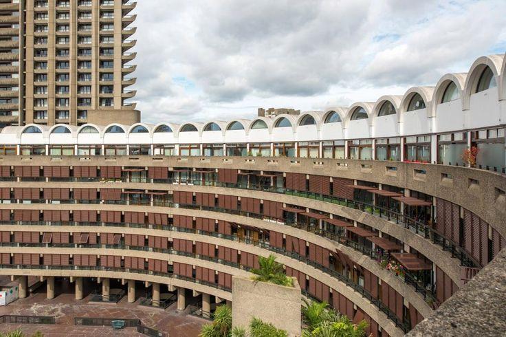 Frobisher Crescent Barbican, London EC2 | The Modern House #midcentury #modernism