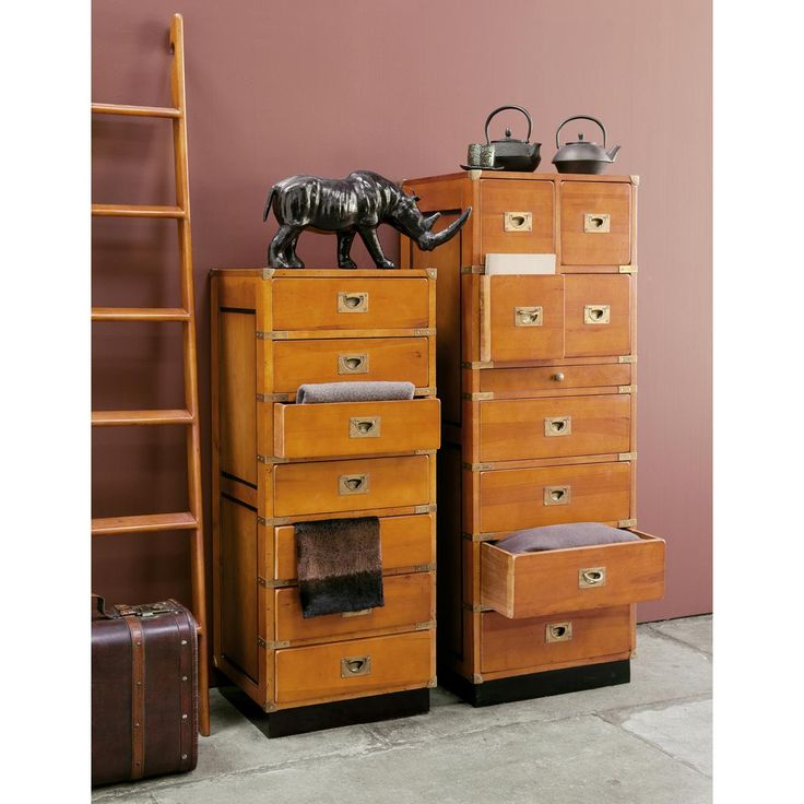 semainier en bois massif l 45 cm voyage maisons du monde. Black Bedroom Furniture Sets. Home Design Ideas