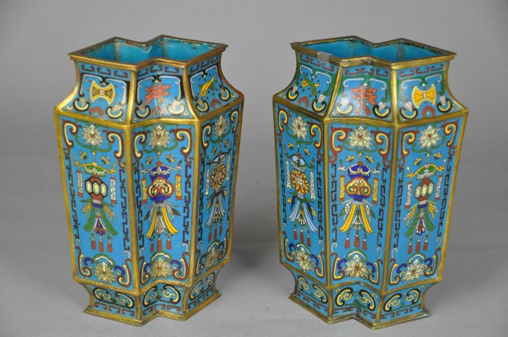 xx..tracy porter..poetic wanderlust...- Pair of Mid Qing Dynasty Period Gilt Cloisonne Enameled Vases |