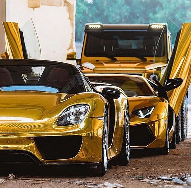 Porshe gt lamborghini aventador mercedes benz g class for Mercedes benz g class 6x6 for sale
