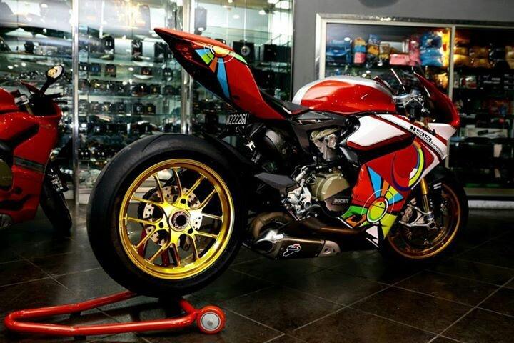 Ducati V Paningale