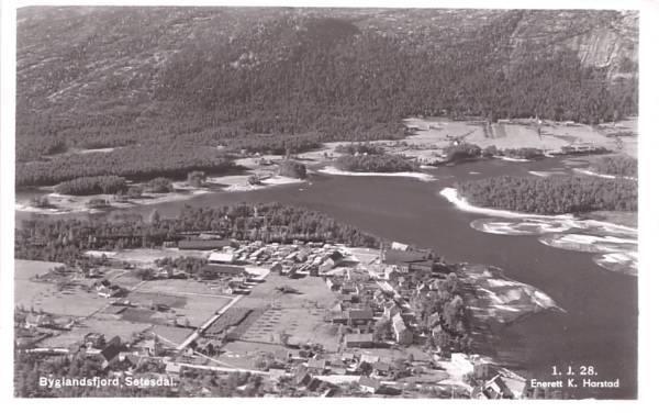 Byglandsfjord Setesdal Vest-Agder fylkr ca. 1930 Foto: Harstad