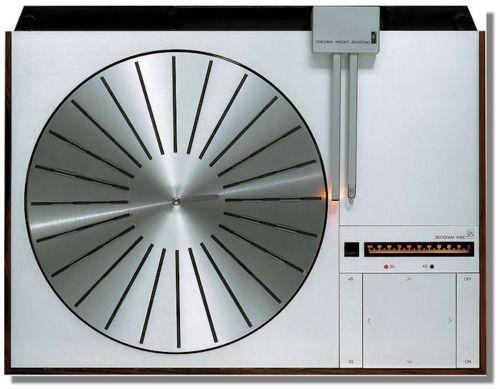 Bang & Olufsen Beogram 4000, design by Jacob Jensen