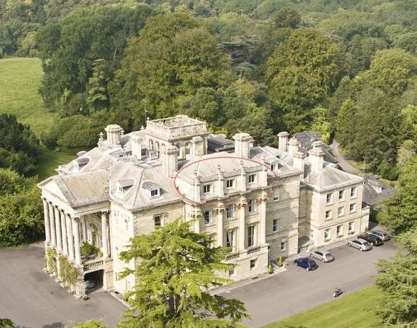 House for sale amesbury abbey wiltshire sp4 7ex for Homes for sale in the uk