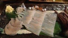 北海道は札幌で食べるイカ刺し わさびではなく生姜醤油でいただきます これが美味しい! イカそうめんのように細切りのイカにはぜひ生姜を! お店は函館開陽亭! 札幌にあるのでぜひ!  tags[北海道]
