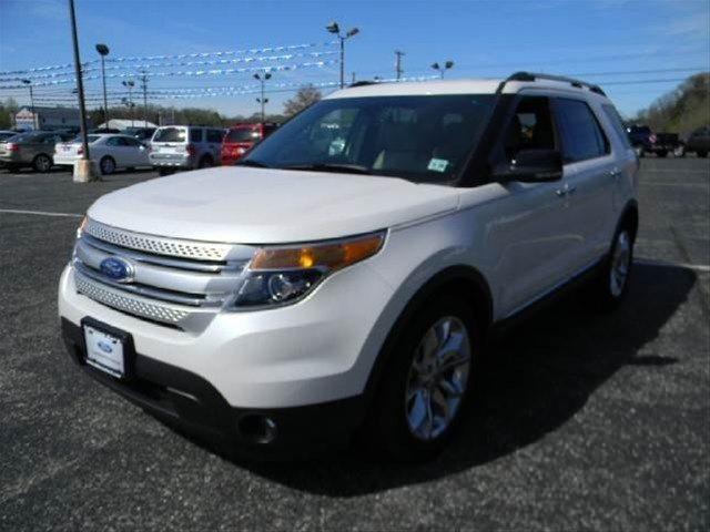 2011 ford explorer xlt click on vehicle for more info inventory changes daily click on. Black Bedroom Furniture Sets. Home Design Ideas