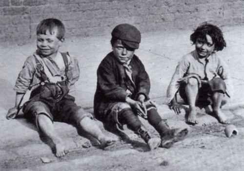 """Street Arabs"" (the  Victorian Term Used for Homeless/Poor London Children)  Spitalfields c.1890"