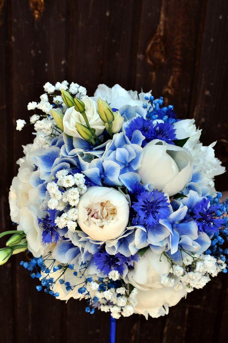 Beautiful Round Blue + White Wedding Bouquet: White Peonies, White Lisianthus, W…  – Blumen